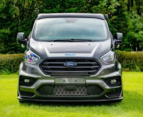 GALERIE FOTO: vezi DUBA FORD care costa cat un Seria 7!