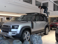 EXCLUSIV: primul LAND ROVER DEFENDER 110 2020 a sosit in ROMANIA! VEZI VIDEO!!!