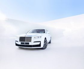 Oficial: Rolls-Royce Ghost 2020