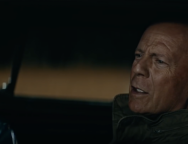 VIDEO: ce face BRUCE WILLIS cand… NU II PORNESTE MASINA!!!